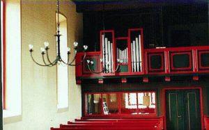 Kirchenraum und Orgel ca. 1994